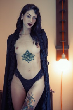 topless MFC Ariya_Sage