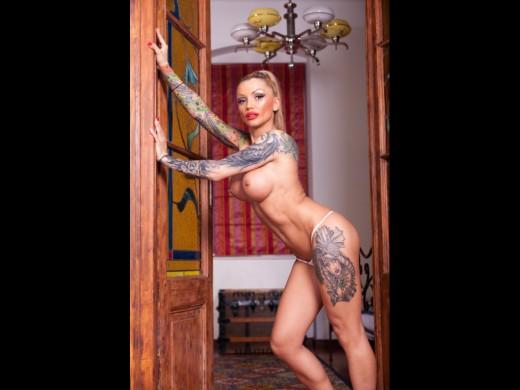 topless inked Live Jasmin camgirl VioletBlu