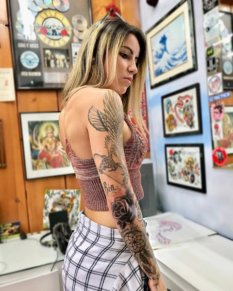 Leticia Bufoni shows her arm tattoos