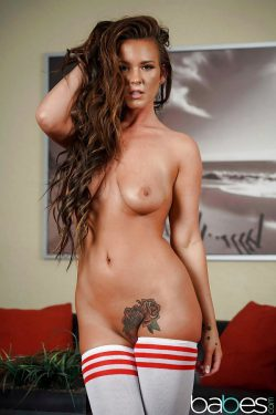 naked Alice Lighthouse shows her pubic tattoo